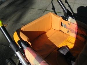 Begrenzung im Kinderwagen