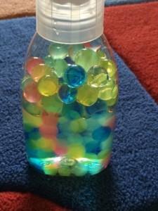 sensorische Flasche Aquaperlen