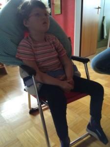 reisedusch-und-therapiestuhl-4